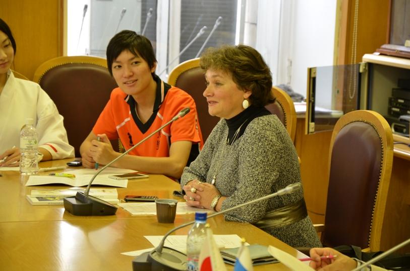 Наталья Лукиных рассказывает о программе Суздальского анимационного фестиваля © фото Мангалекторий