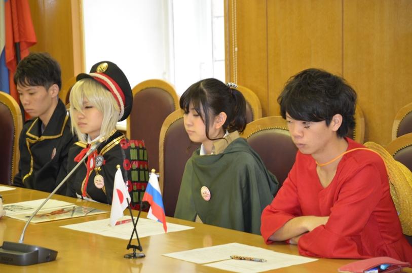 студенты университета Кобе Гакуин в образе известных аниме и манга-персонажей © фото Мангалекторий