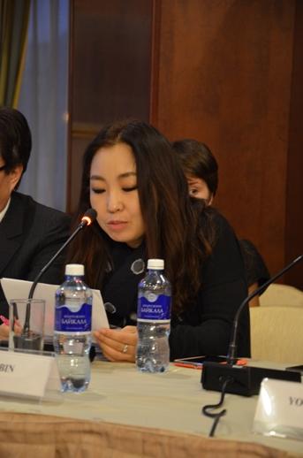 """Ли Вин на конференции в гостинице """"Золотое кольцо"""" (13.11.2015)"""