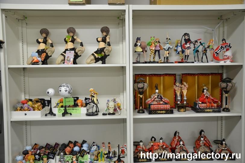 Рабочие фигурки - традиционные куклы Ханамацури и современные модели