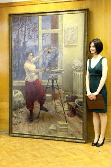 Анна Буренкова и ее дипломный холст