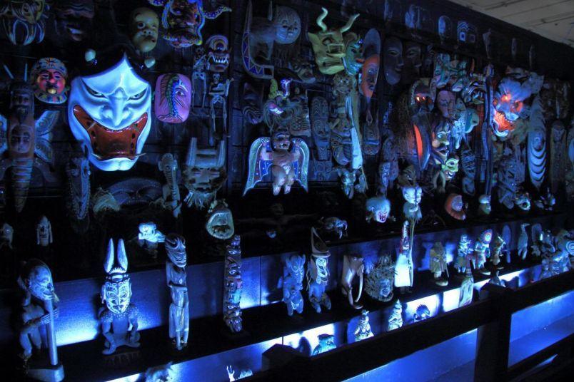 Коллекция масок Мидзуки Сигэру ⓒ фото 水木プロダクション