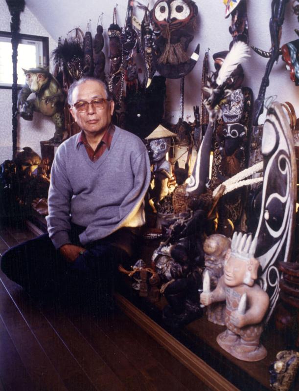 Мидзуки Сигэру и его коллекция ⓒ фото 水木プロダクション