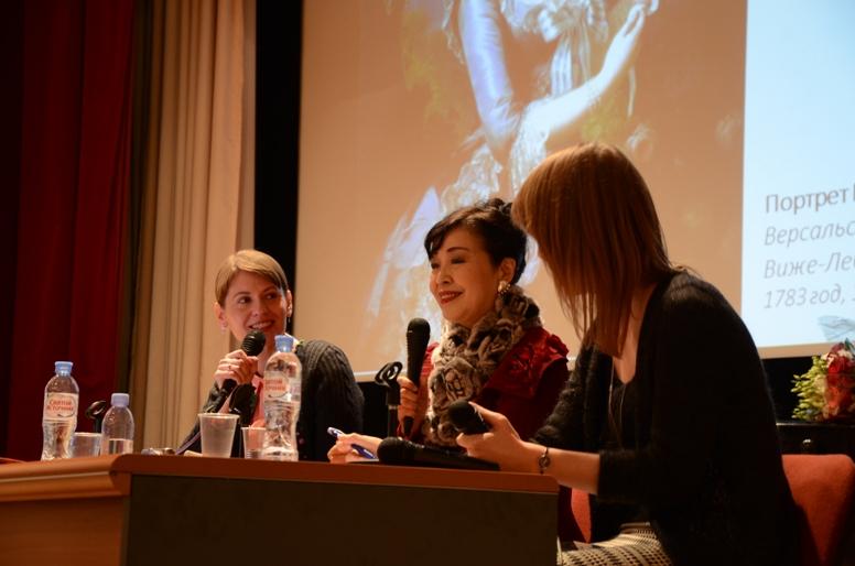Икэда-сэнсэй приветствует русских слушателей © фото Японский фонд